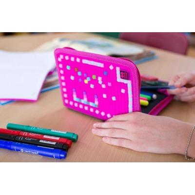 Penar scolar cu pixeli creativi cu puncte colorate/fuxia  PXA-04-G15